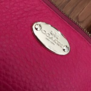 Small pink Coach shoulder bag